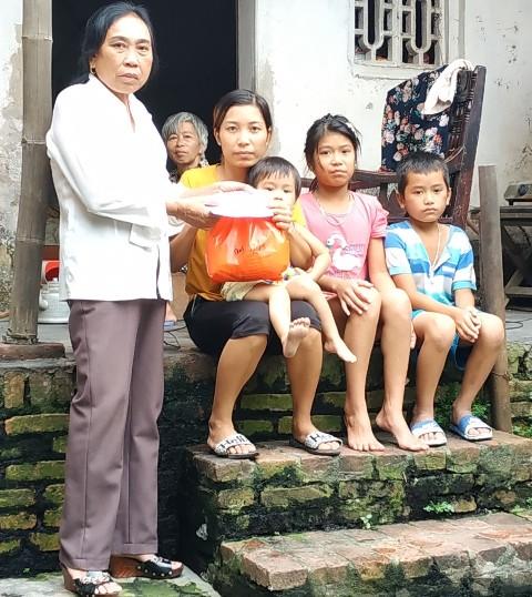 Nữ Chủ tịch Hội Chữ thập đỏ hết mình vì công tác nhân đạo